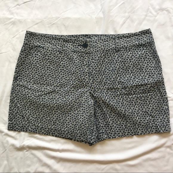 LOFT Pants - Floral Loft shorts, size 14